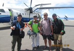 Solid_team_of_Malia_Tours_traveled_to_Luwuk_Central_Sulawesi.JPG