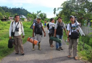 Team_in_Dampelas_Central_Sulawesi.JPG